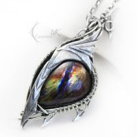 ULZEPTORH DRAHARIS ( dragon's eye ) by LUNARIEEN