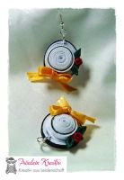 Quilling Hat Earrings by FrlKreativ