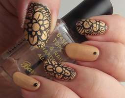 Henna Inspired Manicure by Ithfifi
