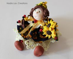 Dolly with sunflower in pasta di mais by CaterinaOrlando
