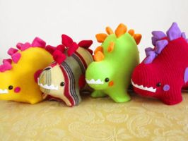 Stegosaurus Party 2 by casscc