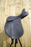 Wintec saddle 04 by SWAT-Strachan