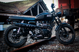 Black Scrambler by Skarndebrax