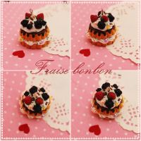coffee berries cake charm by Fraise-Bonbon