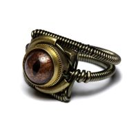 Reptile steampunk eye ring 2 by CatherinetteRings