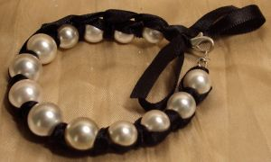 Dressy Pearls Bracelet by ACrowsCollection