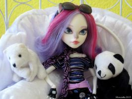 Monster High Repaint - Catrine's Bears by Mowsette