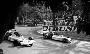 Andrea de Adamich | James Hunt (Monaco 1973) by F1-history