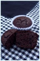 Classic chocolate cupcakes by harleshinn