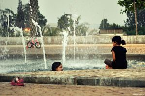 At the Fountain by Dobaju