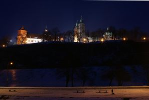 Cathedral Hill by winter night by Su58