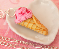 Strawberry Ice Cream Necklace by DeliciousTrickery