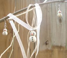 Snowman earring/necklace set + FREE SHIPPING by Wolf-Witch