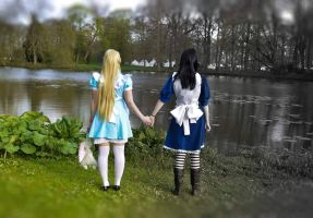 Alice and Alice by JaMs-Yy