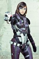 Commander Shepard cosplay II by Nebulaluben