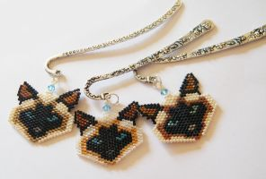 Beaded siamese cats bookmarks with Swarovski by Sol89