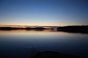 Nightless night in Lake saimaa by Grymstiff