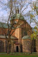 The cathedral in the spring by Su58