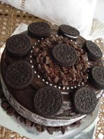 Vanilla Oreo Fudge Cake by Sliceofcake