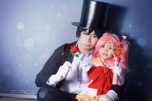 Tuxedo Mask and Sailor Chibimoon cosplay by ArciteValeheart