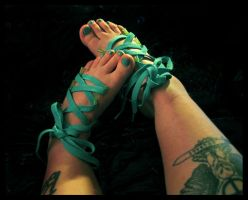 Shoe Laces by i-know-pain-