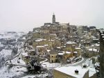 snowing Matera by whiteiron