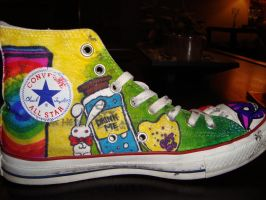 Alice in Wonderland Shoes:2 by underneath-the-paint