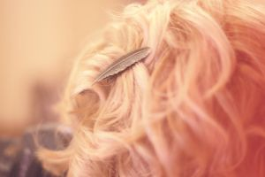 curly hair and feather pin by flocska