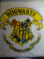 hogwarts crest by relax-relapse
