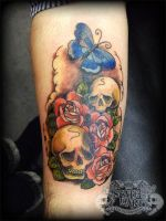 Skull Roses cover up by state-of-art-tattoo