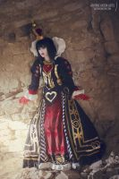 Red Queen by AliciaMigueles