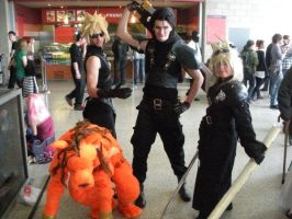 The FF7 gang with fem cloud by ThoronWildCosplay