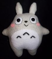 Little Totoro by StitchyGirl