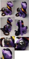 Shiver Halloween custom pony by Woosie