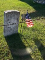 Flag with Grave by che4u
