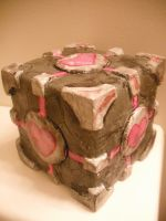 Companion Cube Music Box by gureitsu