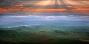 Tuscan morning by Zefisheye