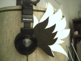 Bits o' Craft: Winged Headphones by Deckronomicon