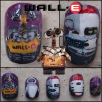 wall-e fake nails by Ninails