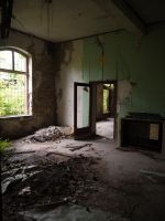 Abandonned station 8 by Dragoroth-stock