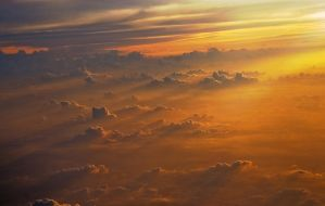 cloudy sunset by huda-m
