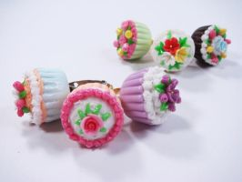 Mini Cupcake Floral Ring by SweetandCo