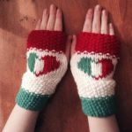 Italy Mitts by MagicalMermaid-N