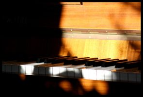 Piano. II by DayLightFairy