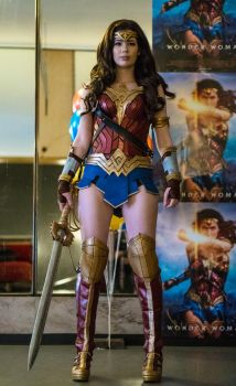 Wonder Woman 2017 Cosplay by TineMarieRiis