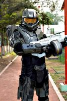 Halo 4 Master Chief cosplay by UlyKompean