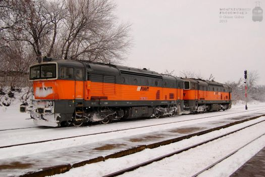 753 705-3 and 753 703-8 in Gyorszabadhegy by morpheus880223