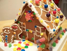 Gingerbread House Love by abarra01