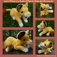 2011 Disney Land Paris Simba Beanie by DoloAndElectrik