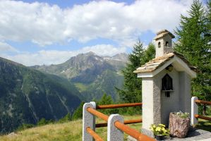 small chapel in the mountains by frei76
